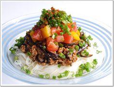 ナス肉味噌deジャジャー素麺