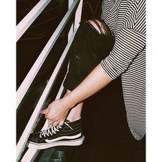 Perfect Combo: Stripes & a Sidestripe. Photo by @moneymaee #vansgirls