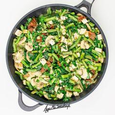 bogaty w szczawiany (taki jak szpinak) to warto dodać Aga, Vegan Dinners, Potato Salad, Lunch Box, Food And Drink, Health Fitness, Vegetarian, Tasty, Vegetables
