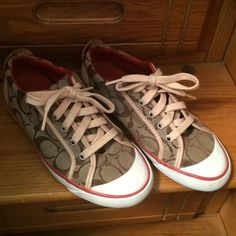Coach Barrett Sneaker Coach sneaker in great condition and super comfy. Coach Shoes