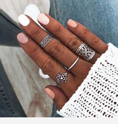 Shop & Buy 4 Pcs/set Lady Vintage Rings Heart Flower Geometric Silver Ring Set Bohemian Charm Party Jewelry Gift Accessories Online from Aalamey Cute Nails, Pretty Nails, Cute Summer Nails, Hair And Nails, My Nails, Short Gel Nails, Winter Nail Designs, Ring Set, Nagel Gel