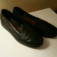 Black Slip Ons Minimally worn A2 Shoes Mules & Clogs