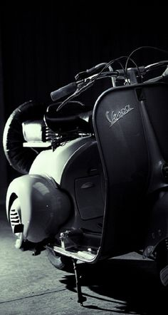 """Tim is the only guy I ever knew that had a vespa, not so big on """"mopeds,"""" but I'd sport a Vespa after riding his! Piaggio Vespa, Scooters Vespa, Motos Vespa, Moto Scooter, Lambretta Scooter, Vintage Vespa, Vintage Italy, Honda Shadow, Fiat 500"""
