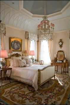 Looking for some French bedroom ideas? well, you are in the right page. French bedroom design is popular for its elegance and whimsy. And plus, this romantic design is so easy to achieve. Dream Bedroom, Home Bedroom, Bedroom Decor, Bedroom Ideas, Pretty Bedroom, Shabby Bedroom, Home Design, Interior Design, Design Ideas