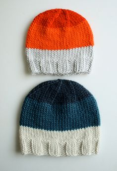 Whit's Knits: Super Soft Merino Hats for Everyone! by the purl bee, via Flickr Baby Boy Knitting Patterns, Knitting For Kids, Baby Patterns, Knit Patterns, Free Knitting, Purl Bee, How To Purl Knit, Baby Hats, Knitted Hats
