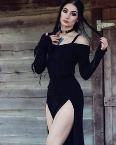 Gothic and Sexy Gothic Girls, Hot Goth Girls, Hot Girls, Goth Beauty, Dark Beauty, Dark Fashion, Gothic Fashion, Estilo Dark, Chica Fantasy
