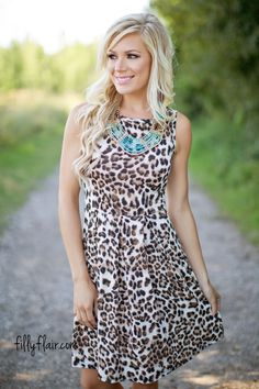 This animal print dress is an amazing choice for fall!