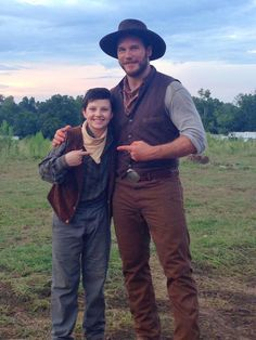 Dodge on the set of Magnificent Seven with Chris Pratt Chris Pratt, Star Lord, Magnificent Seven 2016, Movie Makeup, Charles Bronson, Blockbuster Movies, Tv Actors, Story Inspiration, Hemsworth