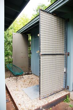 Ann and Jack's Cozy Austin Abode  [boxed gravel patio space]