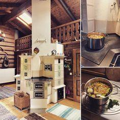 Individuell aufgebauter Kachelherd mit Speicherwärme. Kochen-Braten-Heizen und gesunde Strahlungswärme Wood Stoves, Oven Cooking, Coffee Maker, Kitchen Appliances, Ideas, Wood Oven, Tiling, Pipes, Roasts