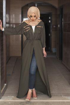 Bottle green bisht sohamt.com #bisht #hijab #abaya #HijabFashion