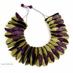 Ana Hagopian : Colliers d'Art en Papier
