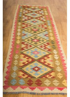 Kilim- Kilim: 210 x This is an extremely beautiful Timeless Design, Bohemian Rug, Hand Weaving, Bedroom, Rugs, Beautiful, Home Decor, Farmhouse Rugs, Hand Knitting