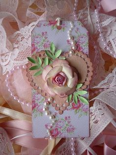 Shabby Chic Rose & pearl tag.