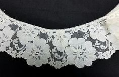 Cream Soft Ruffled Lace    4 inches  1 yard 18 inches