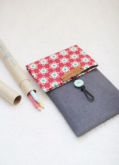 How to make pencil case. DIY step by step tutorial instruction.    Сумочка-карандашница из ткани.