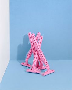 art direction | pink razors still life photography - charlotte audrey owen-meehan