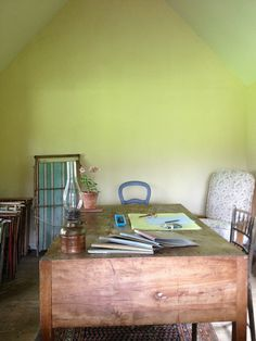 Interior of Virginia Woolf's Writing Shed at Monk's House, Home of Virginia Woolf and Leonard Woolf, Rodmell, Sussex, England, via Flickr.