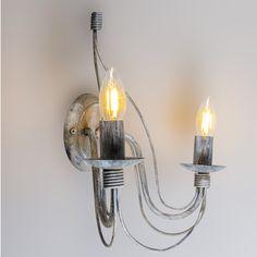 Aplique ZERO BRANCO 2 gris envejecido - Estupenda lámpara de pared con dos brazos de estilo clásico. Muy bonito en combinación con bombillas E14 de tipo vela.  #clasico #antiguo