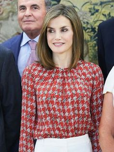 On September 9, 2016, Queen Letizia of Spain attended a audience to the National Executive Council of the Spanish Association Against Cancer (Asociación Española Contra el Cáncer - AECC) at the Zarzuela Palace in Madrid, Spain. Queen Leti zia woreMassimo Dutti Trousers. Queen Letizia wore Mango Perforated Design Sandals, Carolina Herrera blouse