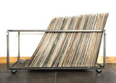 12 Vinyl record storage metal crate // by DesignAtelierArticle