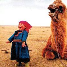 Die kameel! Dat kindje! <3