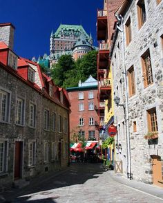 Lower Village with Frontenac on the hill behind, Quebec City, Canada Cheap Honeymoon Destinations, Turkey Destinations, Affordable Honeymoon, Honeymoon Getaways, Best Honeymoon, Romantic Honeymoon, Honeymoon Spots, Honeymoon Ideas, Vieux Port Montreal