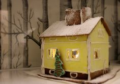 Piparkakkutalo Christmas Houses, Gingerbread Houses, 3d Shapes, Sugar Cookies, Toy Chest, Biscuits, Furniture, Home Decor, Crack Crackers