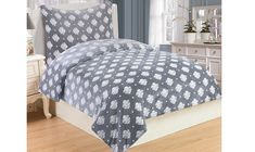 Oblieček Mikrovlákno a Mikroflanel Isabelle grey, i-matrace. Comforters, Bedroom Decor, Blanket, Grey, Furniture, Home Decor, Creature Comforts, Gray, Quilts