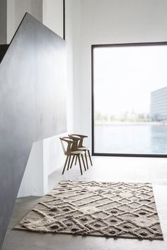 Love this shaggy rug design - contemporary Scandinavian rugs from Woven Interior Architecture, Interior And Exterior, Home And Deco, Interior Design Inspiration, Stil Inspiration, Decorating Blogs, Apartments Decorating, Home Accessories, Houzz