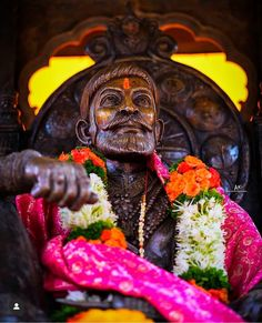 Shivaji Maharaj Painting, King Of India, Shivaji Maharaj Hd Wallpaper, Friendship Photography, Shiva Photos, Happy Birthday Text, Shiva Wallpaper, Art Drawings Sketches Simple, Great King
