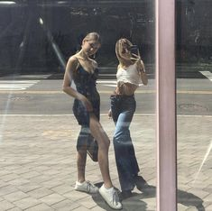outfits i love Best Friend Pictures, Friend Photos, Look Fashion, Fashion Outfits, Womens Fashion, Gal Pal, Cute Friends, Facon, Mode Style