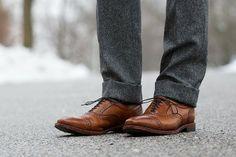 Allen Edmonds Strands http://hespokestyle.com/perfect-tie-dimple/