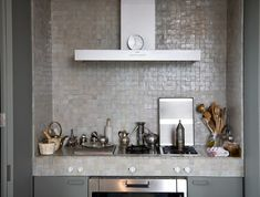 kitchen - grey kaki - zellige