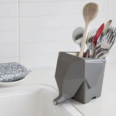 Jumbo Cutlery Drainer - Grey - Make a memorable kitchen with this elephant in the room from Luckies of London. Jumbo the Elephant is both an adorable and practical addition to your kitchen space! He is part of the big five in the sink area
