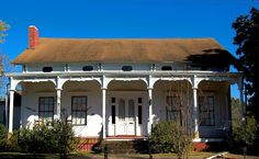 My house, Gregg-Hamilton House built in 1850! I've lived there for 6 years and its been awesome