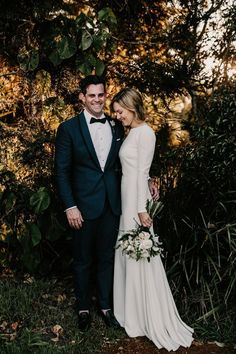 Sophisticated + rustic wedding at Byron Bay | Image by Zoe Morley #fashion #groomfashion #bridalfashion #groom #bride #rustic #rusticwedding #couple #cutecouple #coupleportrait #weddingportrait #bridalstyle #groomstyle #bouquet #bridalbouquet #weddingbouquet #bouquetinspiration