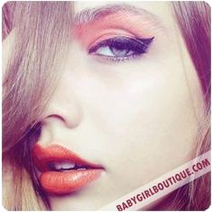 How to do cat eye makeup: A Squidoo lens with tips and tricks for using liquid eyeliner to create cat eye effects!