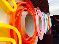 Spoorzoeker neon sign Breda Neon Signs