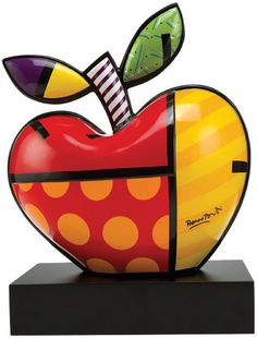 """Romero Britto: Porcelain object """"Big Apple"""", hand-painted"""