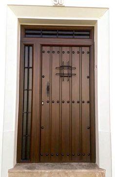 Puertas de entrada mod. Serranía | Punto Aluminio Wooden Main Door Design, Front Door Design, Rustic Doors, Wooden Doors, Oak Front Door, Door Design Interior, Iron Doors, Entrance Doors, Home Office Design