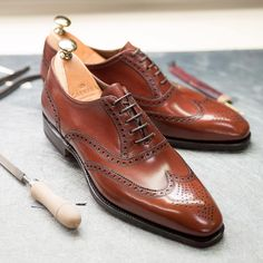 Carmina shoemaker - Oxford shoes in kid leather, discover Carmina new. Me Too Shoes, Men's Shoes, Shoe Boots, Dress Shoes, Male Shoes, Tall Men Fashion, Mens Fashion, Wedge Work Boots, Top Clothing Brands