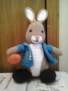 Mesmerizing Crochet an Amigurumi Rabbit Ideas. Lovely Crochet an Amigurumi Rabbit Ideas. Easter Crochet, Crochet Bunny, Love Crochet, Crochet Animals, Diy Crochet, Crochet Dolls, Crochet Crafts, Crochet Ideas, Simple Crochet