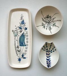 I found 2 dishes by I Waage today for Just Beautiful! Bisque Pottery, Ceramic Bisque, Ceramic Pottery, Mid-century Interior, Glaze Paint, When I Grow Up, The 5th Of November, Glass Ceramic, Vintage Pottery
