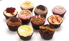 Jesu li mafini i cupcakes jedno te isto? Baking Cupcakes, Mini Cupcakes, Cupcake Cakes, Cupcakes Amor, Pretty Cupcakes, Sweets Cake, Cupcakes Wallpaper, Food Wallpaper, Trendy Wallpaper