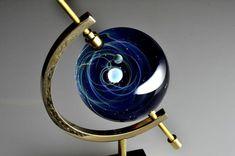 макет вселенной в стекле глобус