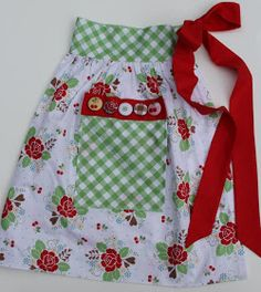 Cute flower and gingham apron. Love the red tie. Sewing Hacks, Sewing Crafts, Sewing Projects, Sewing Ideas, Sewing Patterns, Sewing Tips, Half Apron Patterns, Dress Patterns, Crochet Projects