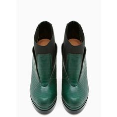 Shoe Cult Spectrum Boot - Emerald (€31) ❤ liked on Polyvore featuring shoes, boots, ankle booties, green, platform booties, green boots, ankle boots, stretch ankle boots and bootie boots
