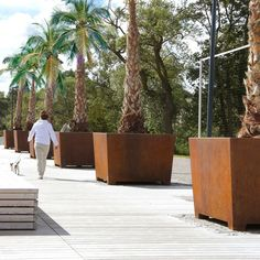 STREETLIFE Love Tubs CorTen. Love Tubs have a tapared square shape and will look splendid with multi-stemmed trees. In larger projects, the planters can be equipped with letters or a lasered logo
