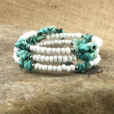 5O% OFF Chunky Turquoise Stone Bracelet Memory Wire Bracelet / Vintage White & Turquoise Bead Bracelet / Turquoise Bracelet / Southwest Boho by TheOldJunkTrunk